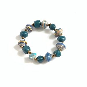 NEW Hand Crafted Teal Beaded Stretch Bracelet